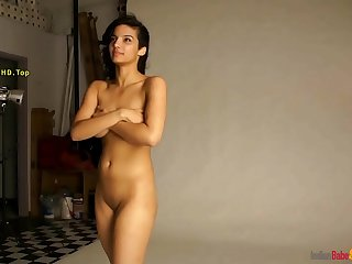 Desi Girl Nude Photo Shoot