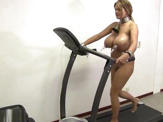 Nipple Pumping HuCow