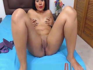 Beautiful 18 Year Old Colombian Latina Arch Time Webcam