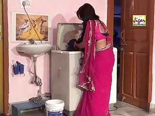 HD अकेली भाभी AKELI BHABHI AND YOUNG DEVER Hindi Hot Short Film.