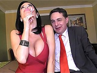 Squirting: Veronica Avluv cums in the brashness for Andrea Diprè